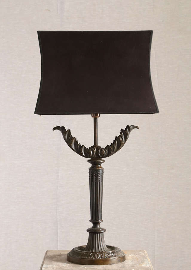 Neo-classical bronze table lamp