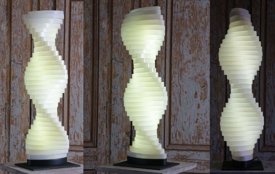 Montana instore perfume display lamp