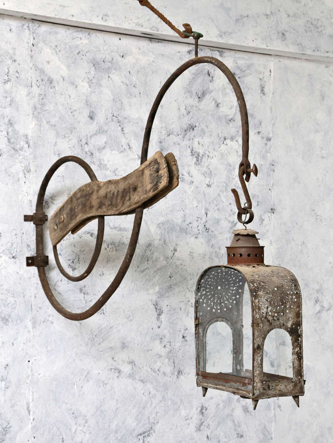 18th century French shop sign with lantern
