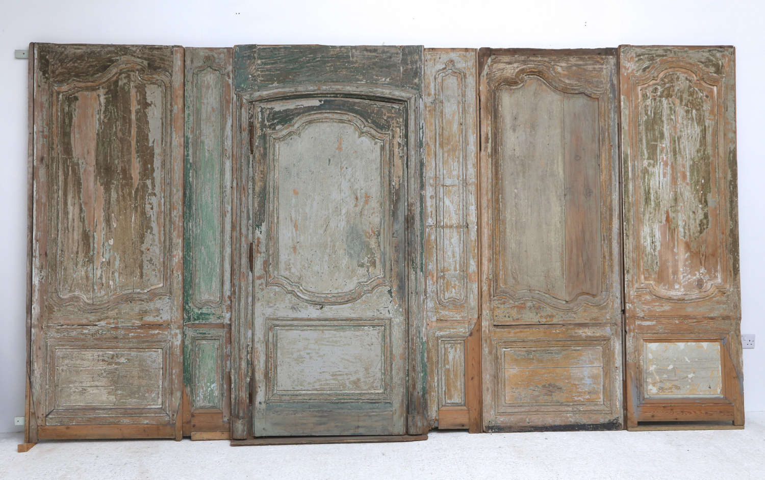 Early 18thC French Regence Room Panelling with Door